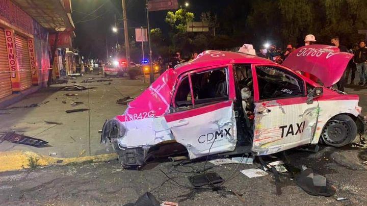 Taxista de la CDMX muere prensado al estrellarse con un poste; conducía a exceso de velocidad