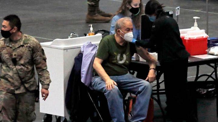 Adulto mayor muere 25 minutos después de haberse vacunado contra el Covid-19