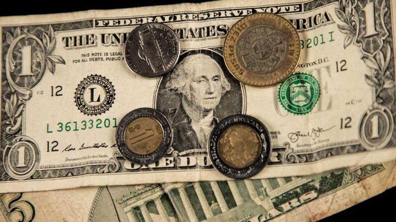 Precio del dólar hoy, al tipo de cambio; peso mexicano inicia mal la semana