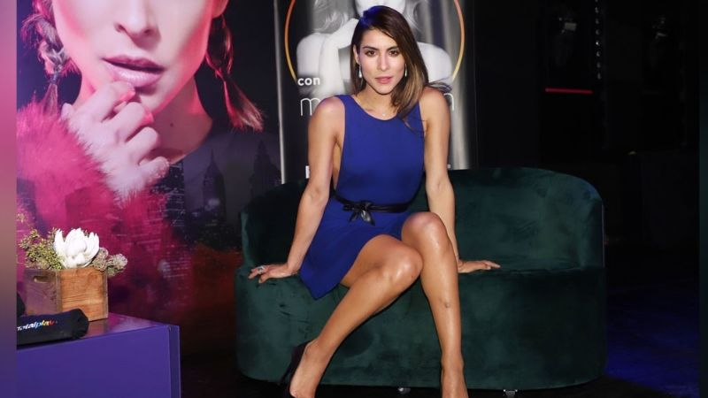 María León enamora a internautas al lucir espectacular desde el foro