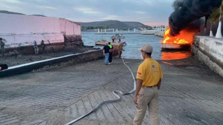 ¡Se salvaron! Minutos después de desembarcar se incendia yate turístico; todos sobrevivieron