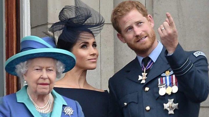 Reina Isabel II estaría furiosa ante las fuertes confesiones de Harry y Meghan a Oprah