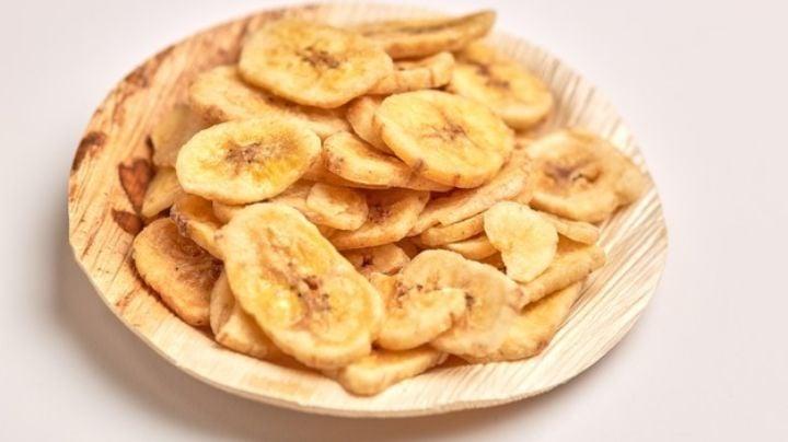 Una vez que pruebes esta botana de plátano te olvidarás de la comida chatarra