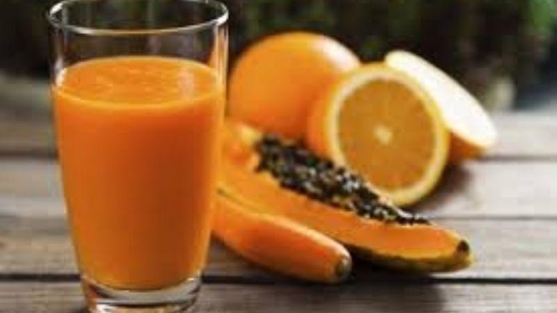 Olvídate del estreñimiento con esta deliciosa agua de papaya con naranja