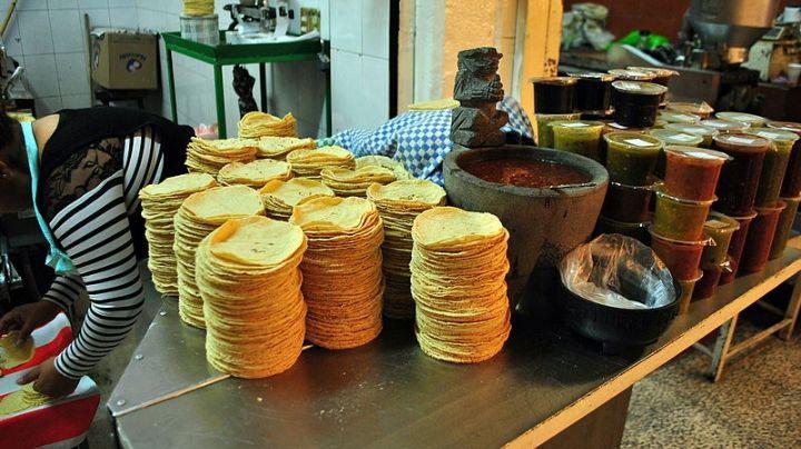 """AMLO justifica alza en el costo de la tortilla: """"El precio del maíz aumentó a nivel internacional"""""""