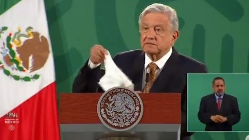 """AMLO ondea bandera blanca contra la corrupción: """"Se acabó porque el presidente no es corrupto"""""""