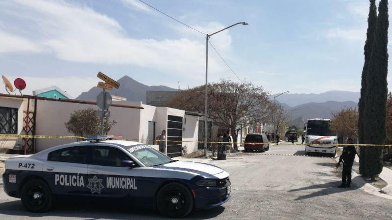 A puñaladas asesinan a un hombre en domicilio; fue encontrado degollado