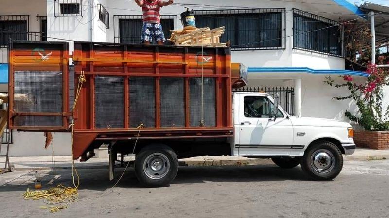 Familiares y amigos buscan a comerciantes veracruzanos desaparecidos en el estado de Guerrero