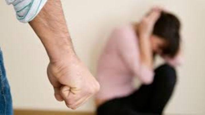 ¡Indignante! Hombre agarra a puñetazos a su pareja en Hermosillo por pedirle su celular