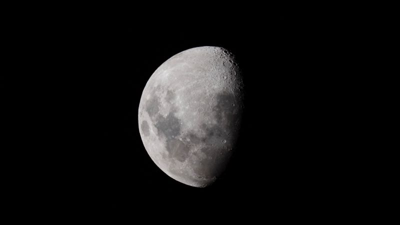 Luna nueva en Piscis: Este sencillo ritual te ayudará a cerrar ciclos de una vez por todas