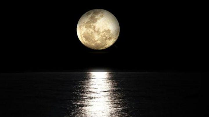 Luna nueva en Piscis: Descubre cómo mejorar tus finanzas y relaciones con esta fase