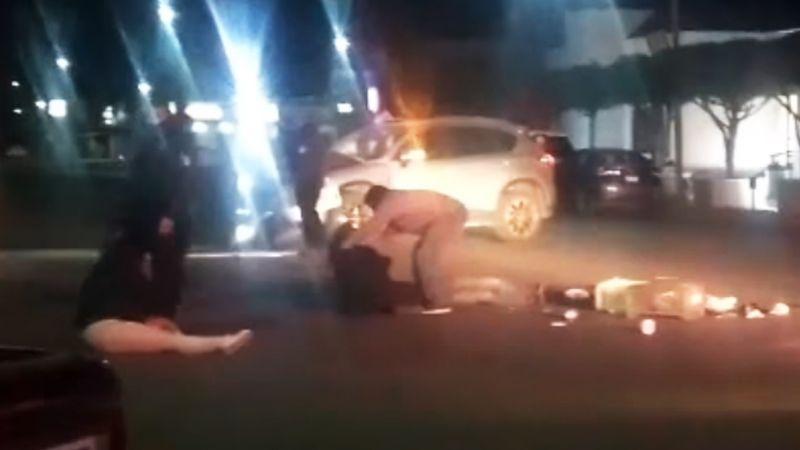 Camioneta se pasa el alto y provoca fuerte choque en Ciudad Obregón: Hay una joven herida