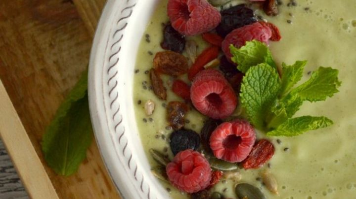 ¡Ideal para desayunar! Disfruta del exquisito sabor de este 'smothie bowl' de aguacate