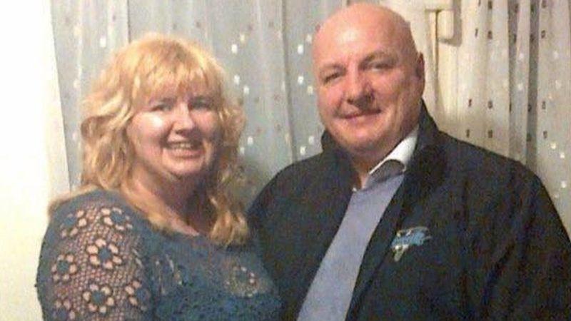 Mujer apuñala 22 veces a su marido en un arranque de celos; él dice que la ama y la perdona