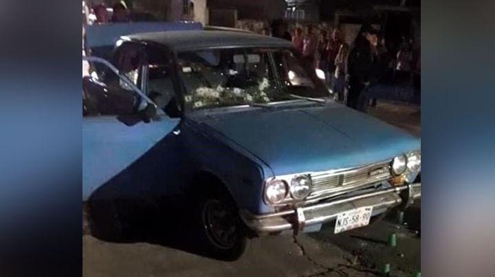Terrible asesinato: De 29 balazos, asesinan a dos mujeres a bordo de un automóvil