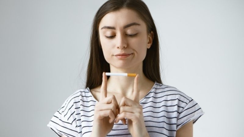 Investigadores aseguran que cigarro no tiene efectos positivos sobre la salud mental