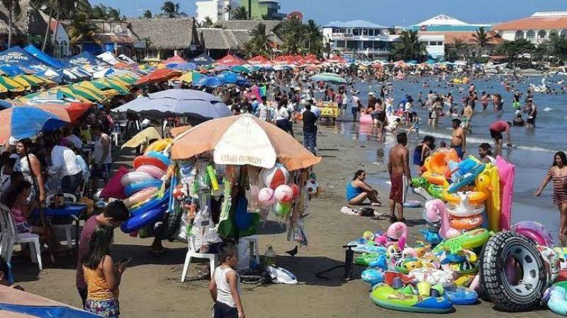¡Sin cuidarse del Covid-19! Registran gran número de turistas en playas mexicanas