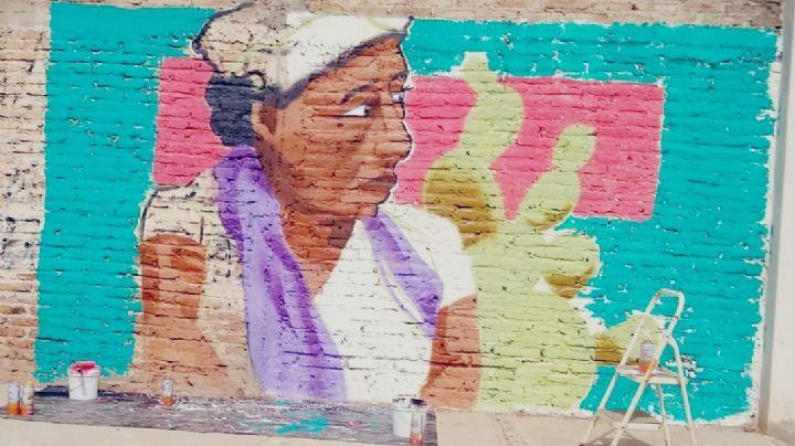Pintan murales inspirados en los relatos ganadores del concurso 'Microcajeme'
