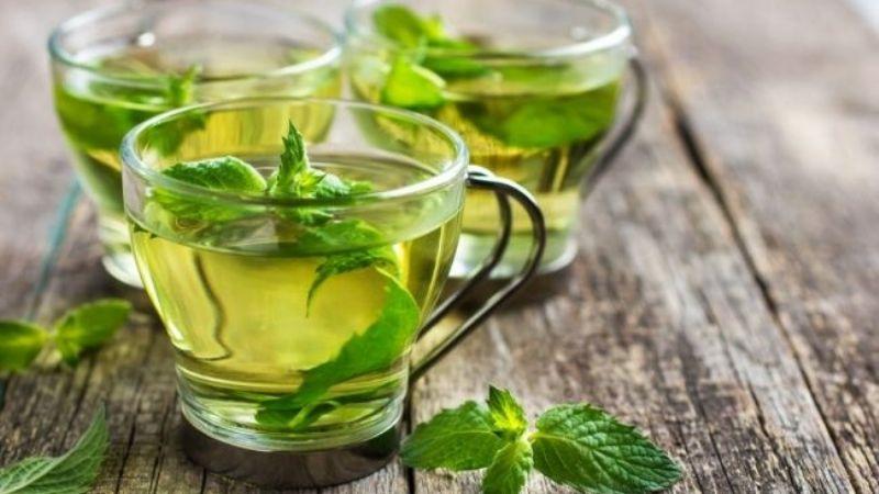 Acelera tu metabolismo con ayuda de este té verde con menta