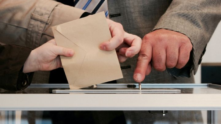 Pese a antecedentes de violencia, registra INE a políticos para participar en elecciones