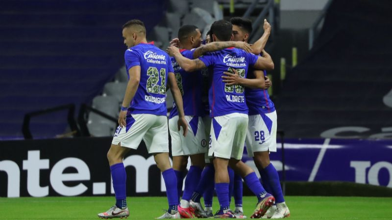 La Máquina del Cruz Azul quiere hundir al Mazatlán FC y afianzarse como superlíder