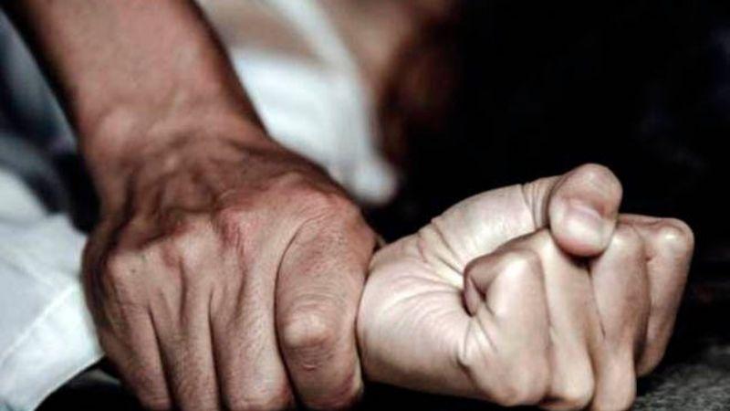 Su propio padre resultó un pedófilo: Elvis de 42 años drogó y violó a su hija adolescente