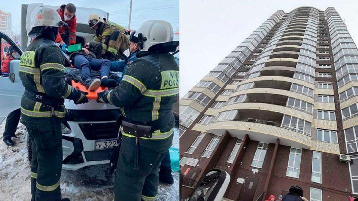 Niño de 11 años descubre que a su 'crush' le gusta otro y salta del piso 23 de un edificio
