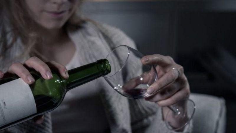 ¿Qué pasa si consumes alcohol después de vacunarte contra el Covid-19? Expertos responden
