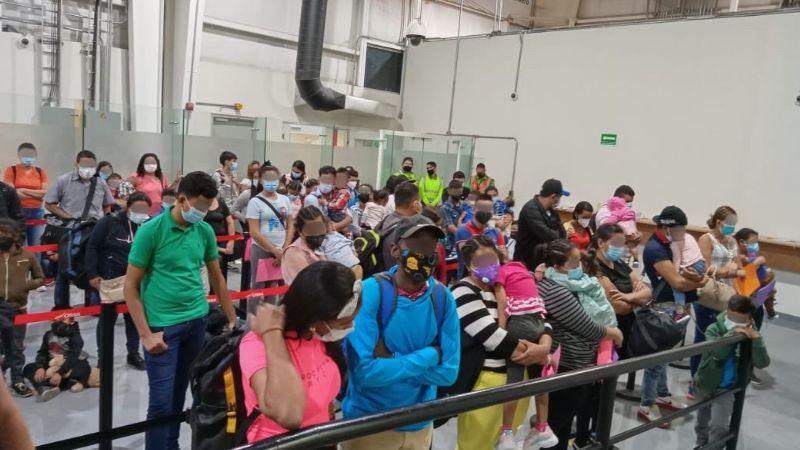 Inmigrantes ilegales son detenidos en el aeropuerto de MYT; no acreditaron estancia en México