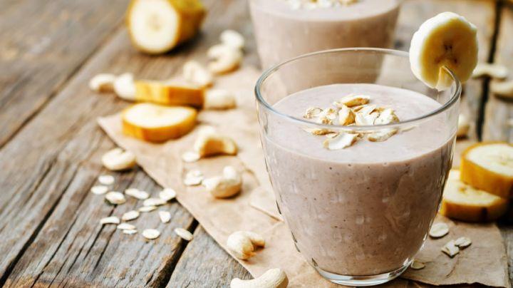 Inicia tu semana con toda la energía gracias a este smoothie de avena con cacahuate