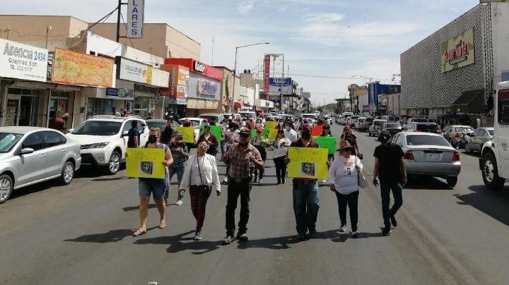 Familiares de Andrea se manifiestan en el Puerto de Guaymas