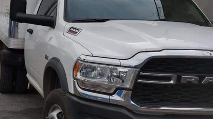Sujetos roban camioneta y productos en carretera al Libramiento Guaymas-Empalme
