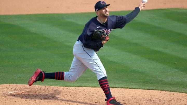 Crece su legado; Oliver Pérez es incluido en el roster final de los Indios de Cleveland