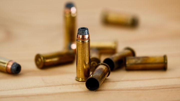 Comando armado acribilla a una mujer en hotel de Culiacán; sus hijos presenciaron su muerte