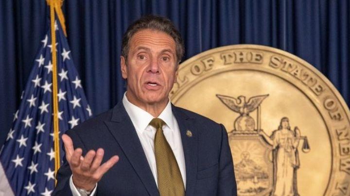 Gobernador de NY suma una demanda más por acoso sexual; mujer asegura tener FOTO de la agresión