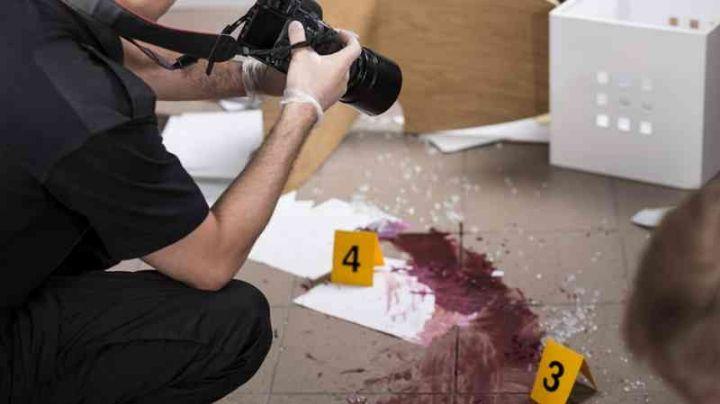 Mujer oculta el cadáver de su esposo debajo del colchón; lo asesinó y envolvió en plástico