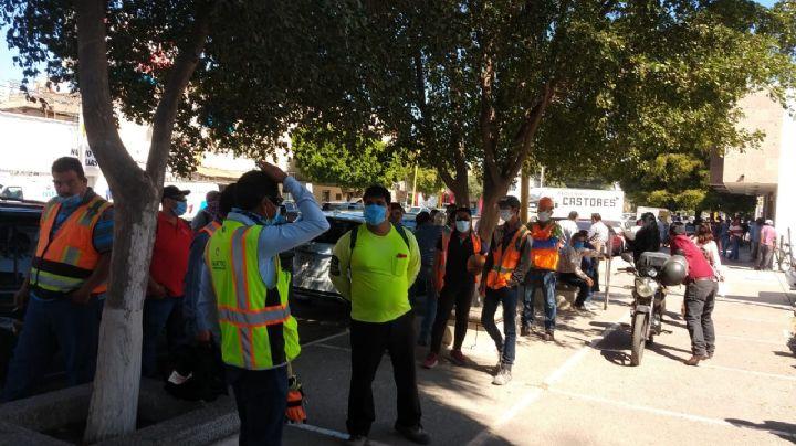 Empleados de la construcción se manifiestan en Cajeme por falta de pagos
