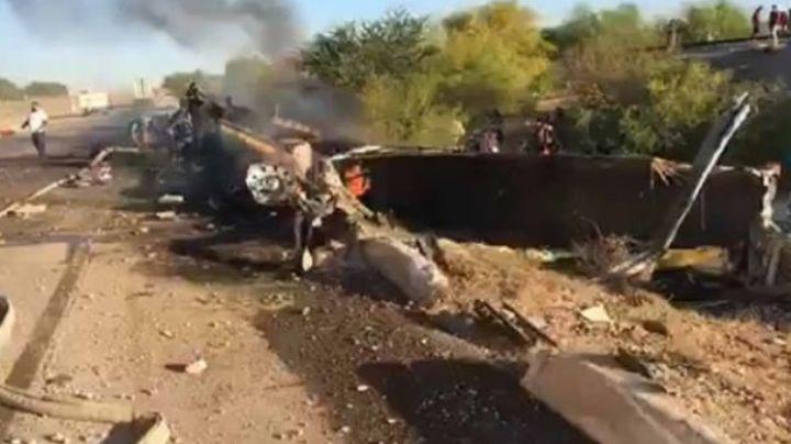 Se incendia tráiler en tramo Navojoa-Obregón; conductor sufre quemaduras en el 95% de su cuerpo