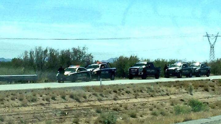 Sonora, en alerta por despliegue policial en carretera Internacional; reportan detonaciones