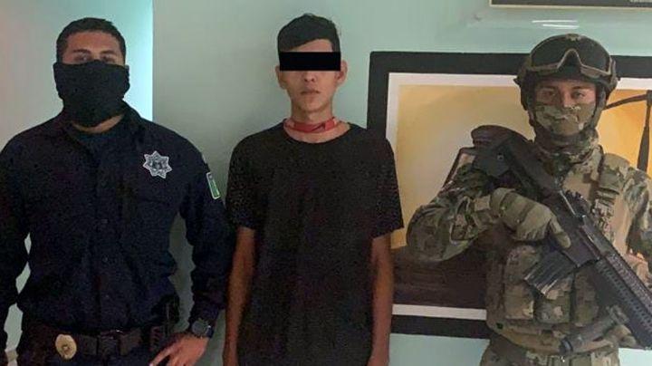 Capturan a joven 'tirador' en calles de Ciudad Obregón; intentó escapar a fuerza de carrera