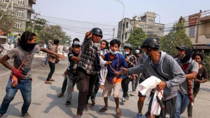 """ONU advierte sobre posible guerra civil en Birmania; pide actuar y evitar """"un baño de sangre"""""""