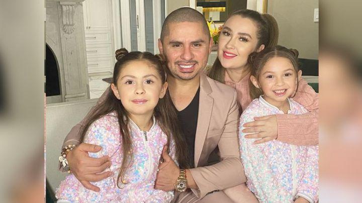 ¿Tiene favoritismo? Larry Hernández revela foto junto a dos de sus cuatro bellas mujeres