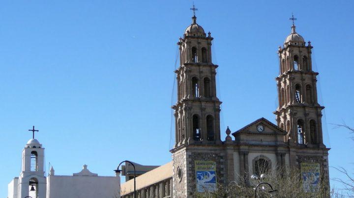 A sangre fría: Sicario embosca a mujer frente a iglesia y la mata de 4 tiros en la cabeza