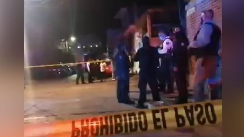A quemarropa, gatilleros disparan a transeúntes y asesinan a dos; entre ellos una mujer