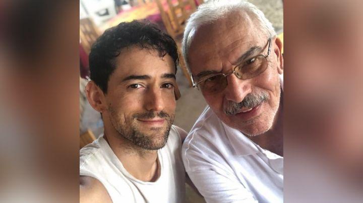 ¡Indignante! Luis Gerardo Méndez denuncia que no vacunaron a su padre contra Covid-19 y era médico