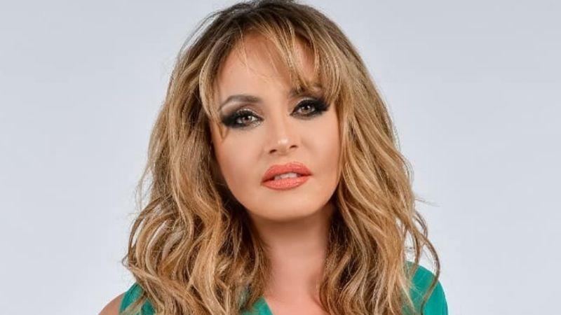 Tras regresar a Televisa, Gaby Spanic presume toda su belleza desde las playas de Cancún