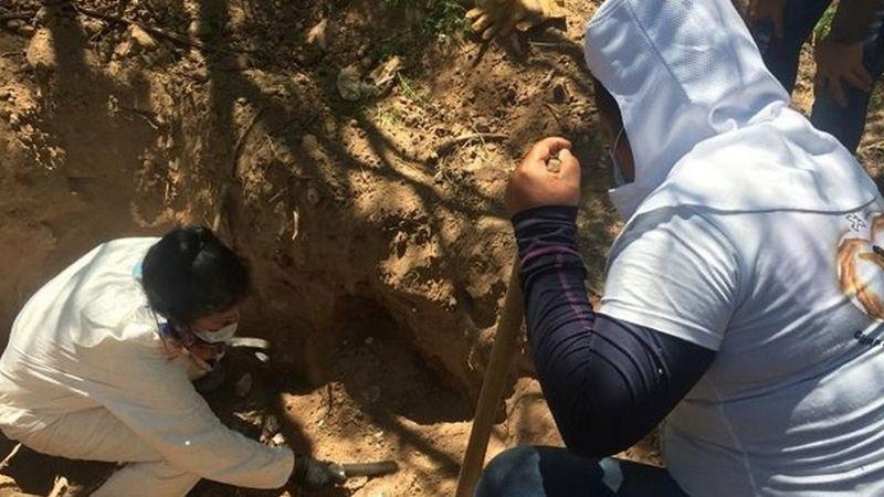Tenía solo 26 años: Identifican a mujer encontrada en fosa clandestina de Ciudad Obregón