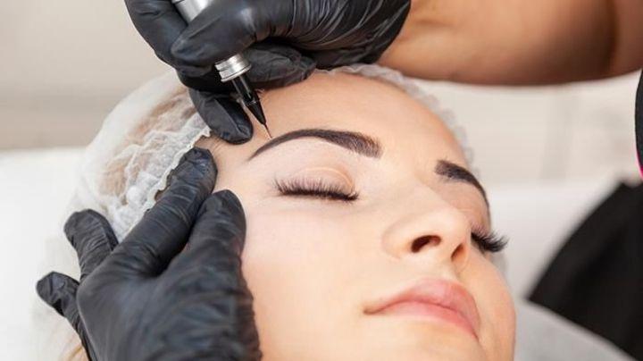 ¿Tatuaje de cejas? Averigua todo sobre esta controvertida practica entre las mujeres