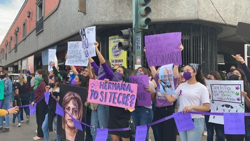 """VIDEOS Y FOTOS: """"Aquí sí pasa"""": Así se vivió la marcha del 8 de marzo en Ciudad Obregón"""