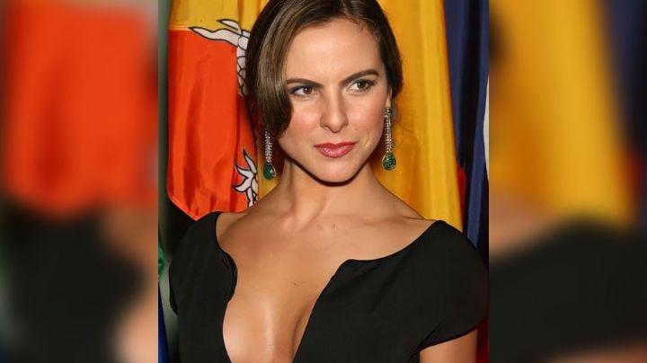 """Kate del Castillo posa junto a cuatro chicos ¡y asegura que es toda una """"inyección de juventud""""!"""